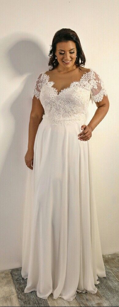 boho plus size wedding gown with short sleeves. scarlet. studio