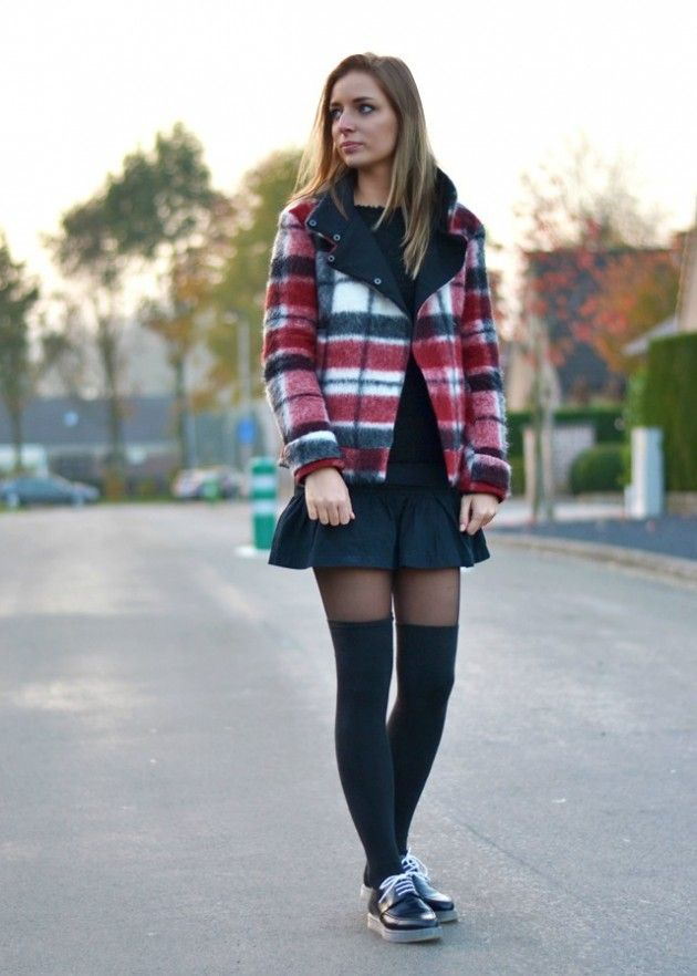 awesome 17 Fall Outfit Ideas With Over The Knee Socks f5733deee57