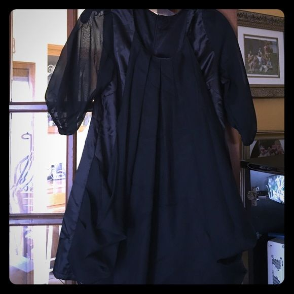 Sexy little black dress! Very cute on! Never worn Dresses Mini