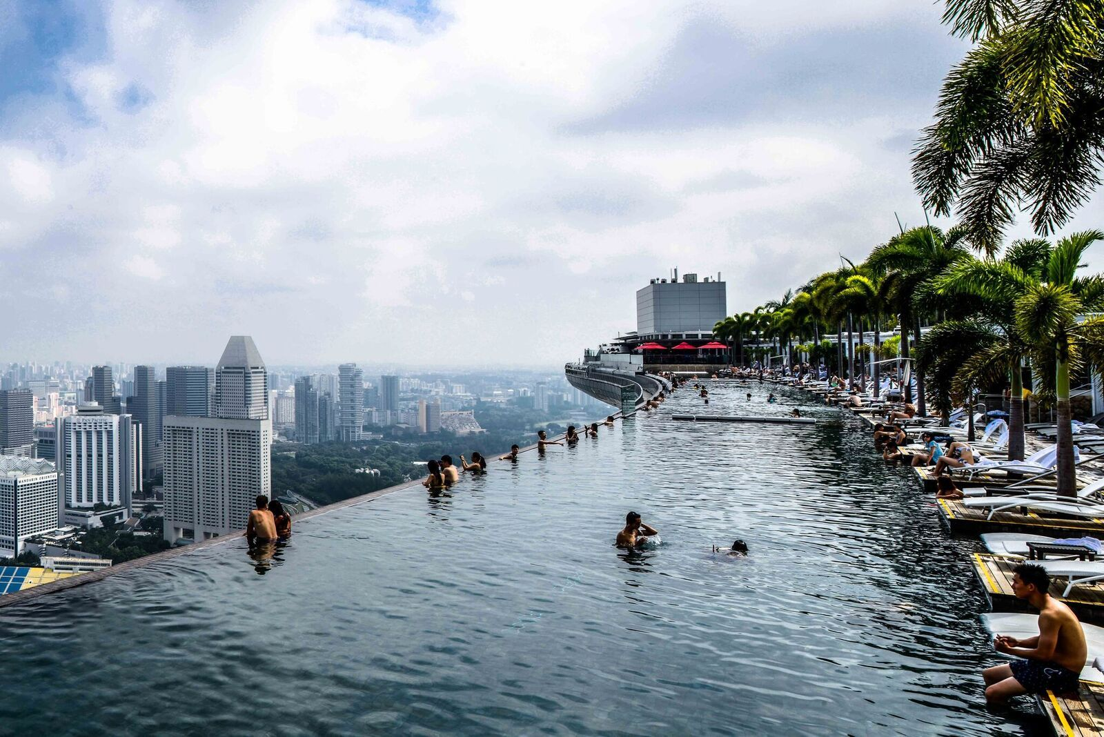 The Most Jaw Dropping Hotel Pools In The World Infinity Pool