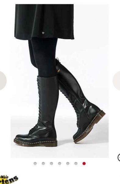 Dr Martens 1461 Klassische Flache Schuhe In Schwarz Lackiert Mit Bildern Dr Martens Stiefel Flache Schuhe Oxford Schuh
