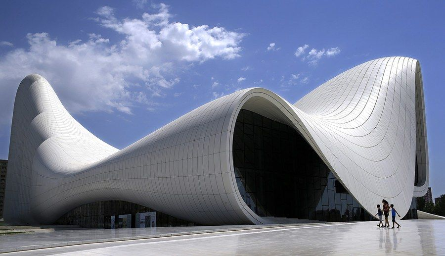 The social art of zaha hadid architecture s most engaging for Architecture courbe