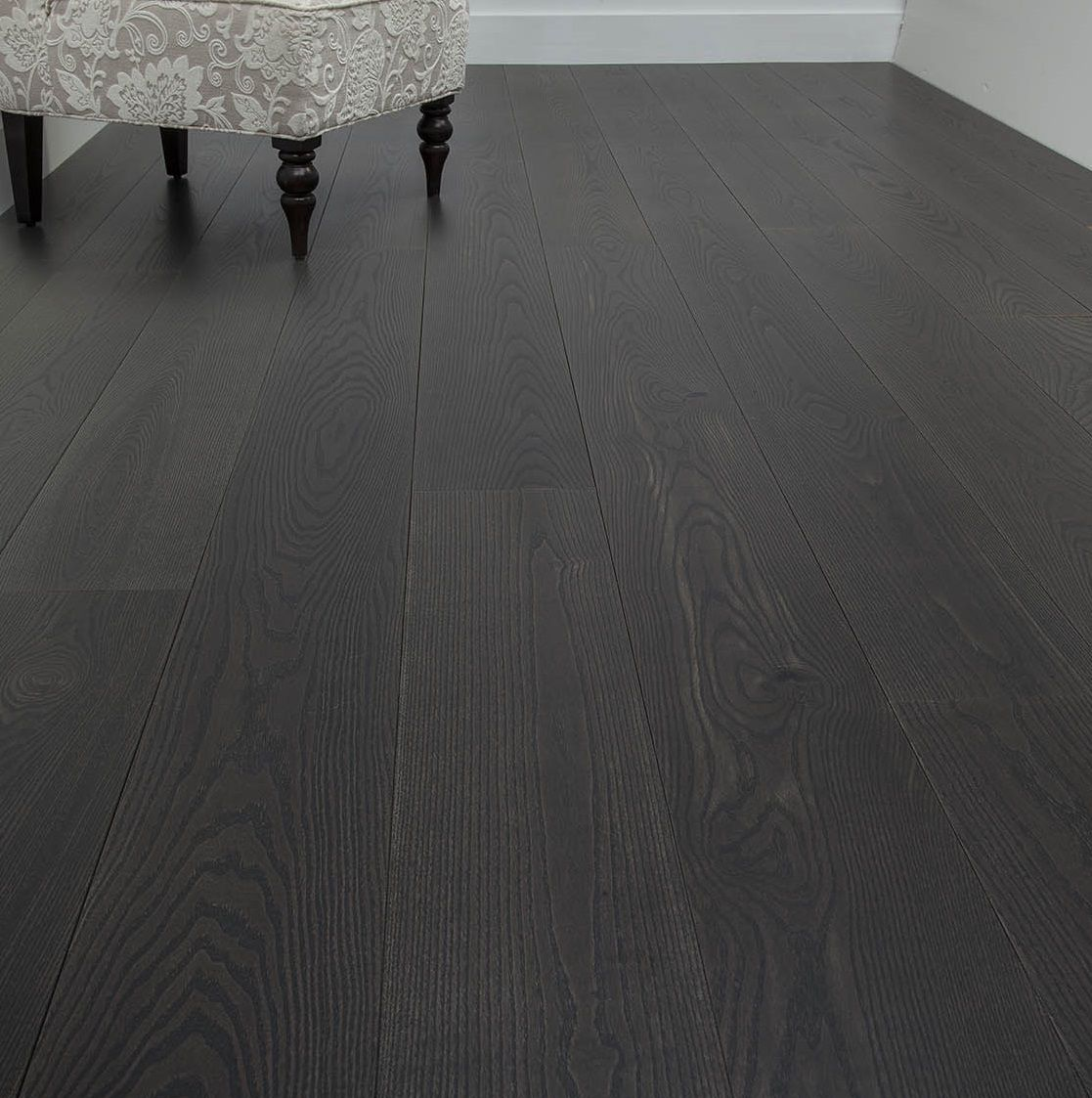 Dark wood floor and engineered wood flooring from carlisle for Black hardwood flooring