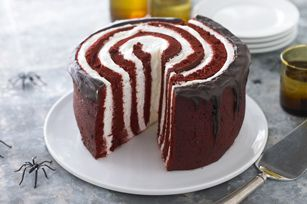 Red layered velvet cake