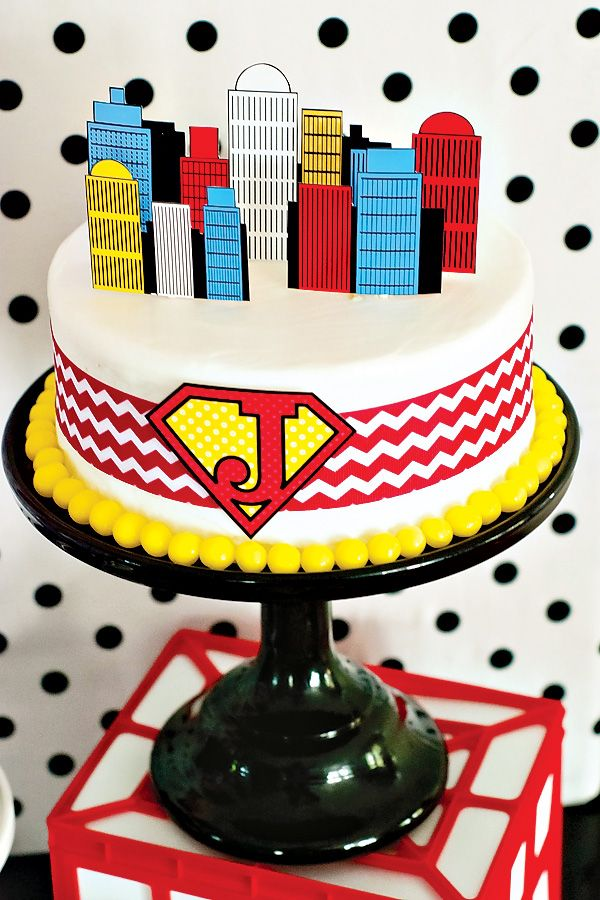 OMG. This is the coolest superhero party... Can't wait to use some of these ideas. {Budget Friendly} Comic Book Style Super Hero Party