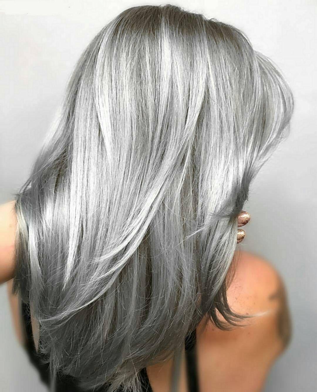Colored Platinum: Cabello, Cabello Gris