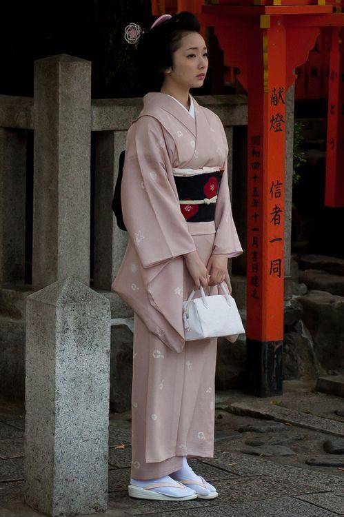 nugomadi: Maiko Toshimana