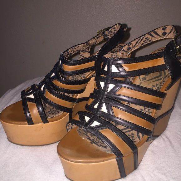 Cognac wedges Black and cognac tribal wedges Jessica Simpson Shoes Wedges