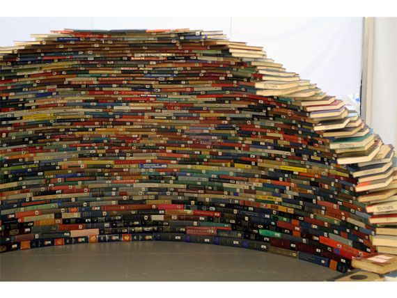 10 BOOK Furniture Design Pieces Every Bookworm Should Have | Book ...