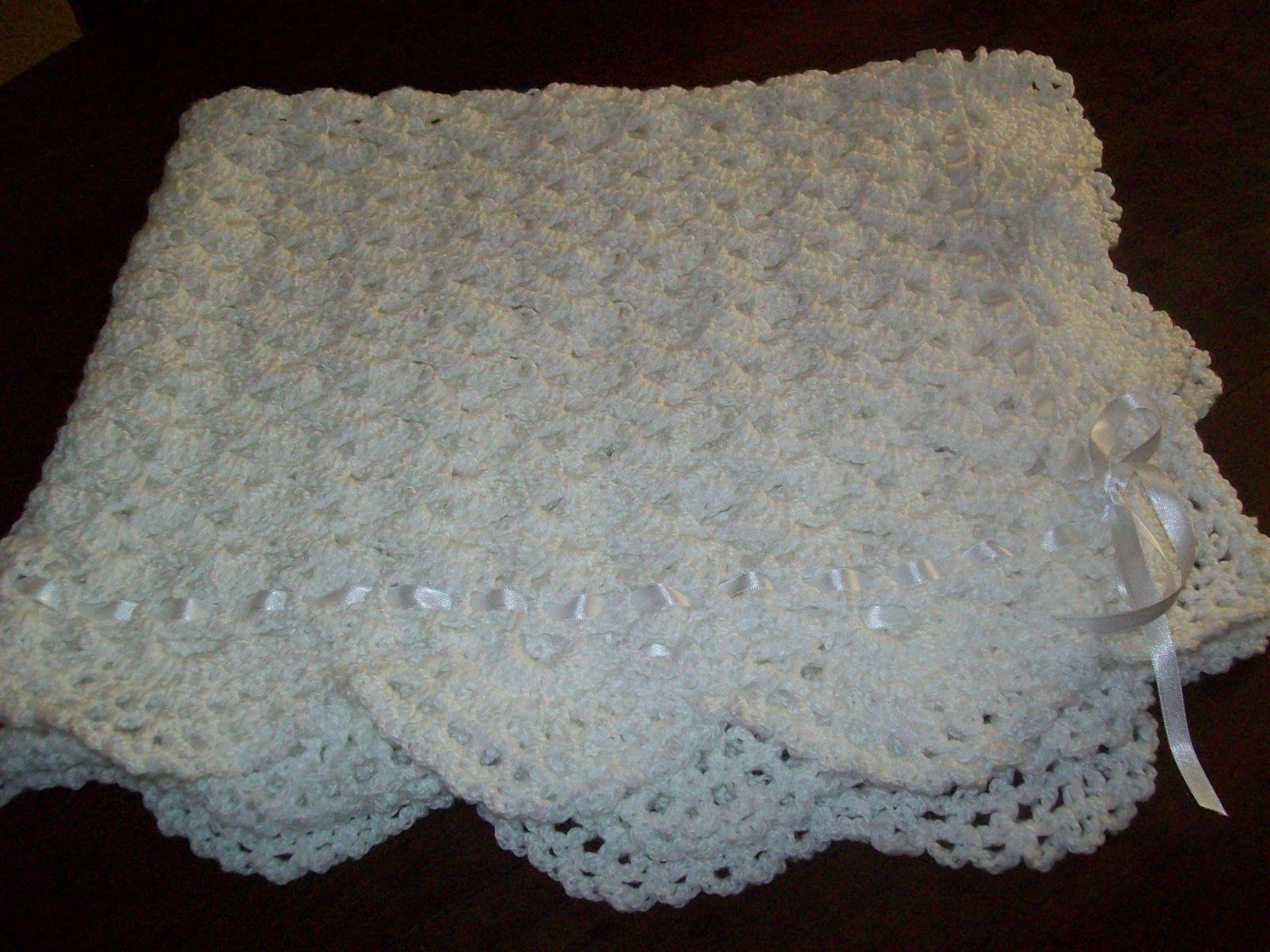 Abuela cata tejido de dise o mantilla para beb nuevo - Labores de crochet para bebes ...