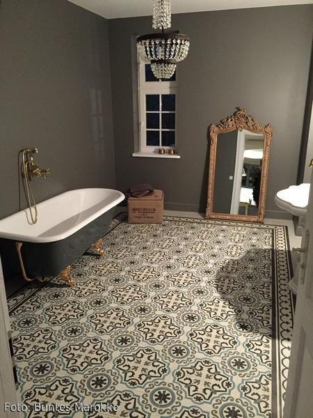 Originelle Fliesen Retro Badezimmer | Falls Wir Mal Ein Haus Haben |  Pinterest | Fliesen Design, Duschen Und Waschtisch