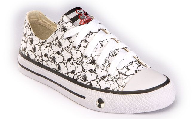 72d3bb914470 snoopy converse - Google Search Outfits With Converse
