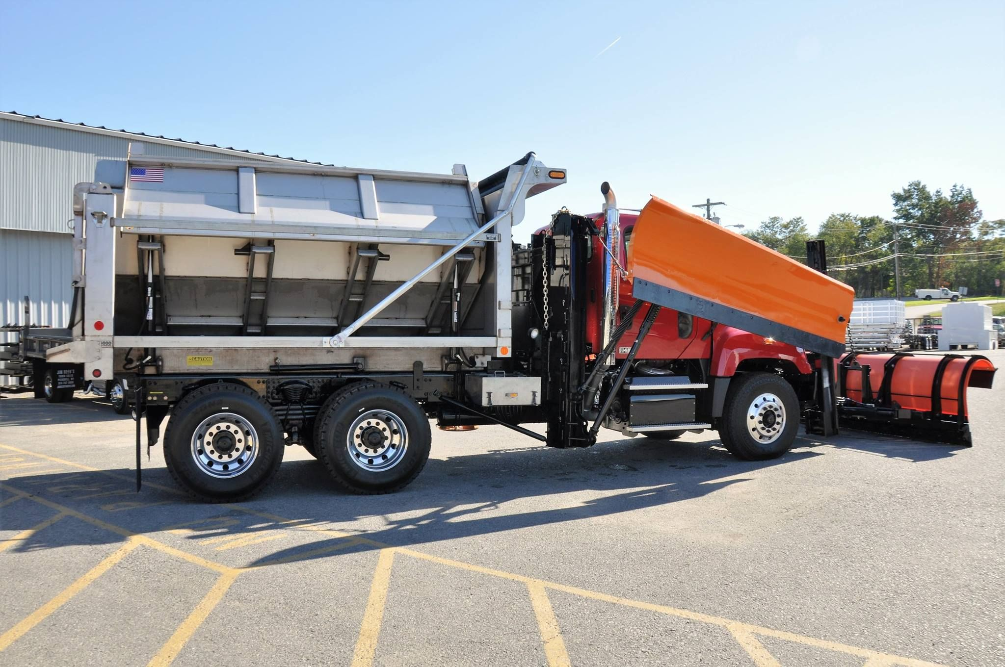 Monroe Truck Equipment >> Pin On Truck Bodies