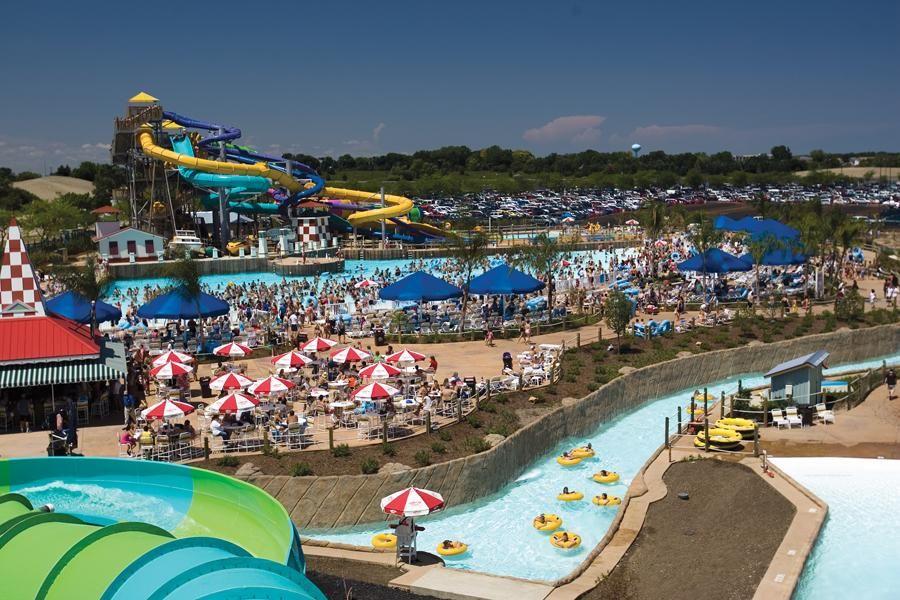 Six Flags Chicago Hellochicago Com Great America Water Park Hurricane Harbor