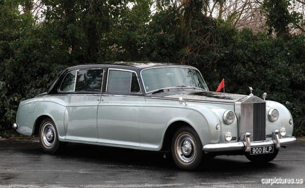 1961 Rolls-Royce Phantom V Touring Limousine Maintenance/restoration of old/vintage vehicles: the material for new cogs/casters/gears/pads could be cast polyamide which I (Cast polyamide) can produce. My contact: tatjana.alic@windowslive.com