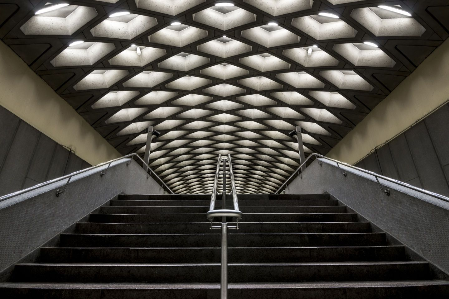 Architecture Photography Montreal chris m forsyth · the montreal metro reportage · divisare | cities