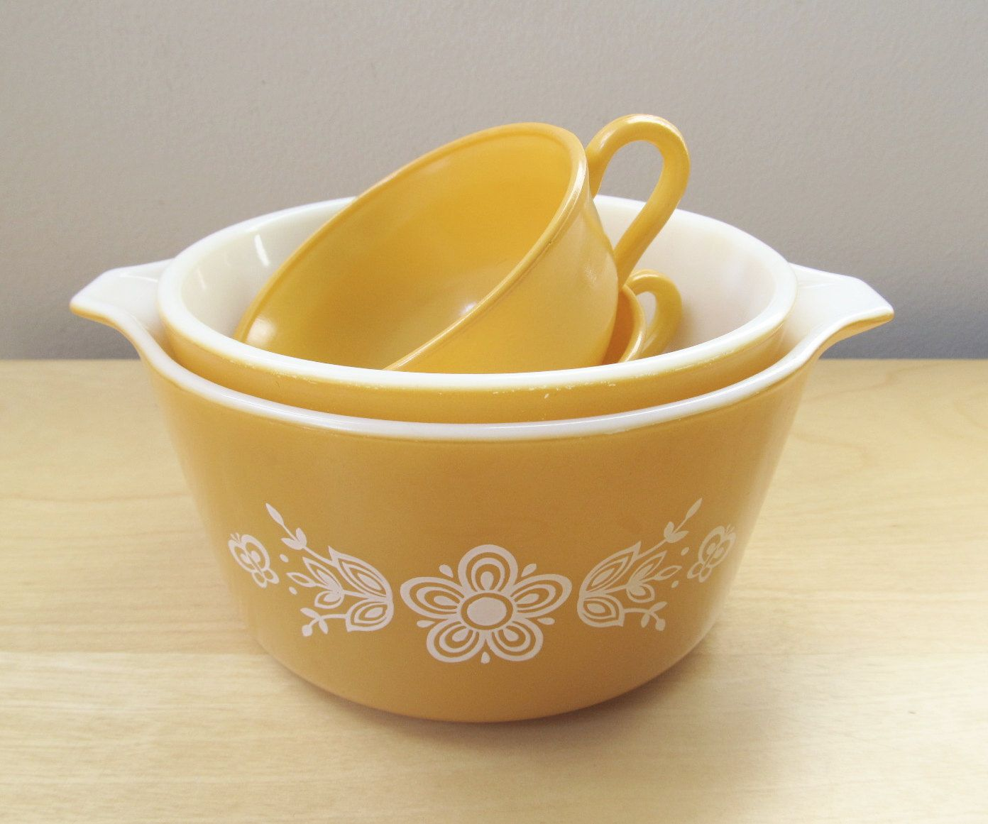 instant collection, harvest gold, vintage pyrex daisy mixing bowls ...