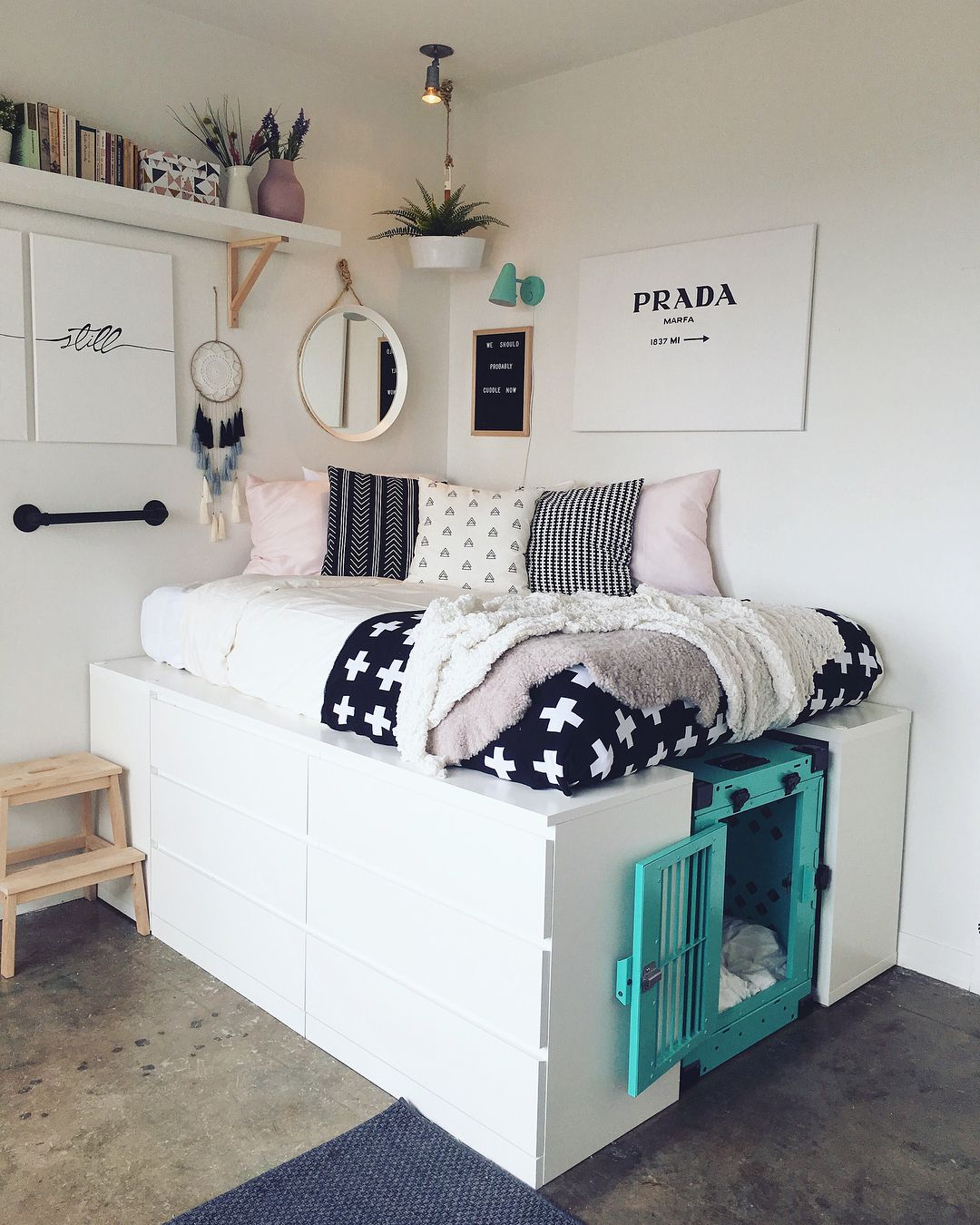 """Photo of Erica Massey on Instagram: """"To the folks from AT inboxing me about how I made the bed: 1 large Malm dresser, 4 small Kallax units, mount units to each other/ the wall.…"""""""