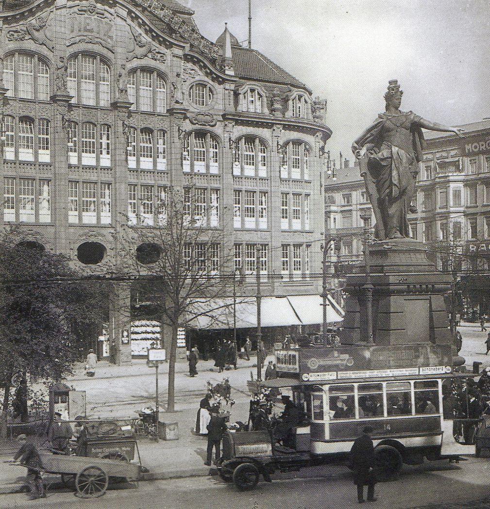 berlin alexanderplatz mit berolina und warenhaus tietz um 1900 berlin 1900 pinterest. Black Bedroom Furniture Sets. Home Design Ideas