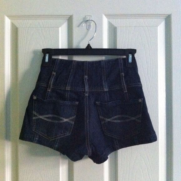 Abercrombie & Fitch Denim - High Waisted Denim Button Shorts