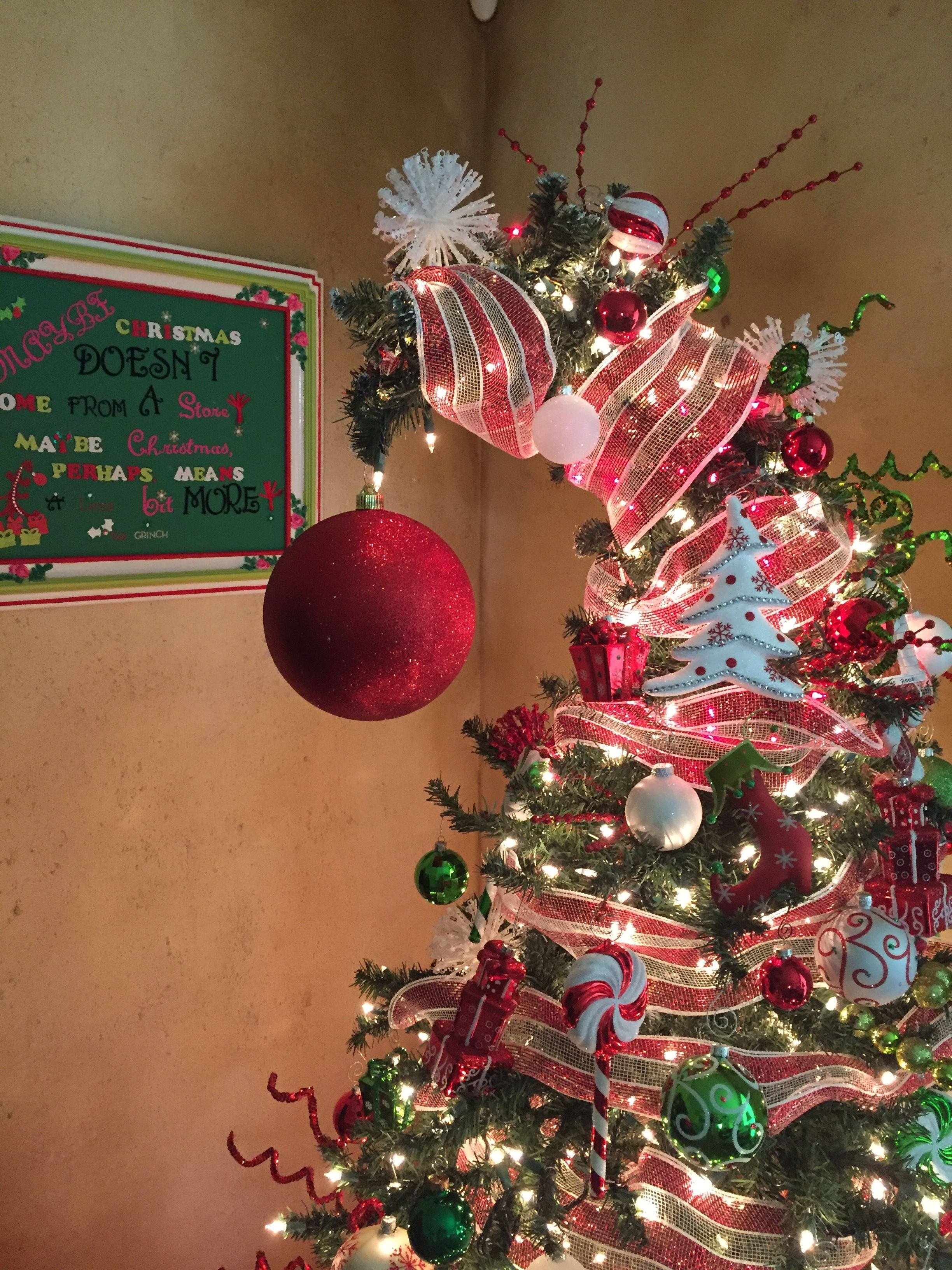 Who Vile Tree Grinch Tree Large Plastic Glitter Ball From Walmart