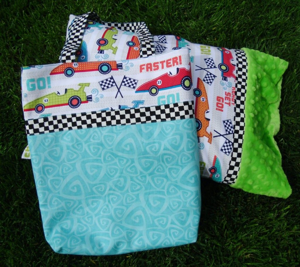 Christmas Once a Month: Travel Pillow Case & Book Bag Tutorial - The Crafty Quilter