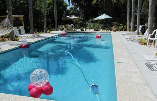 Pool Decorations for Weddings
