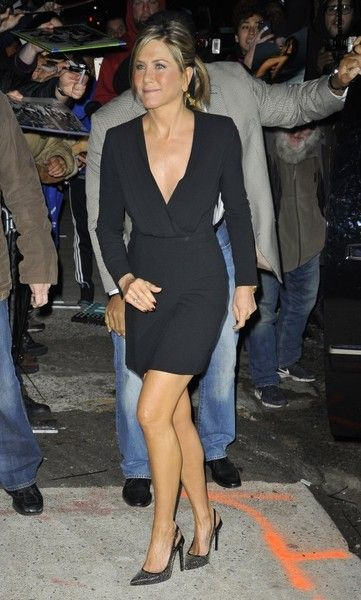 55dd2f08eac4 Jennifer Aniston Little Black Dress