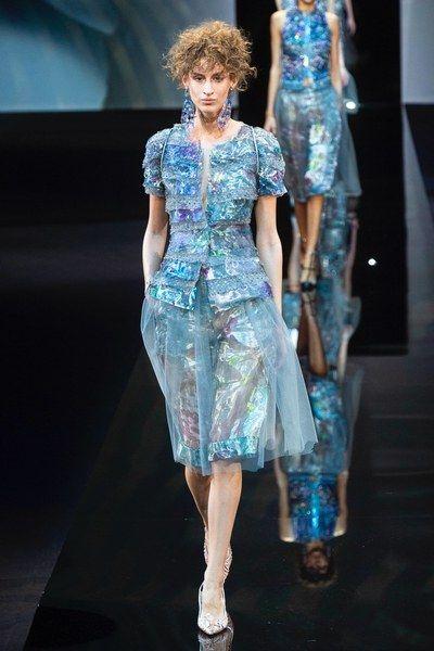 37f7c62025f Giorgio Armani Spring 2019 Ready-to-Wear Fashion Show in 2018 ...