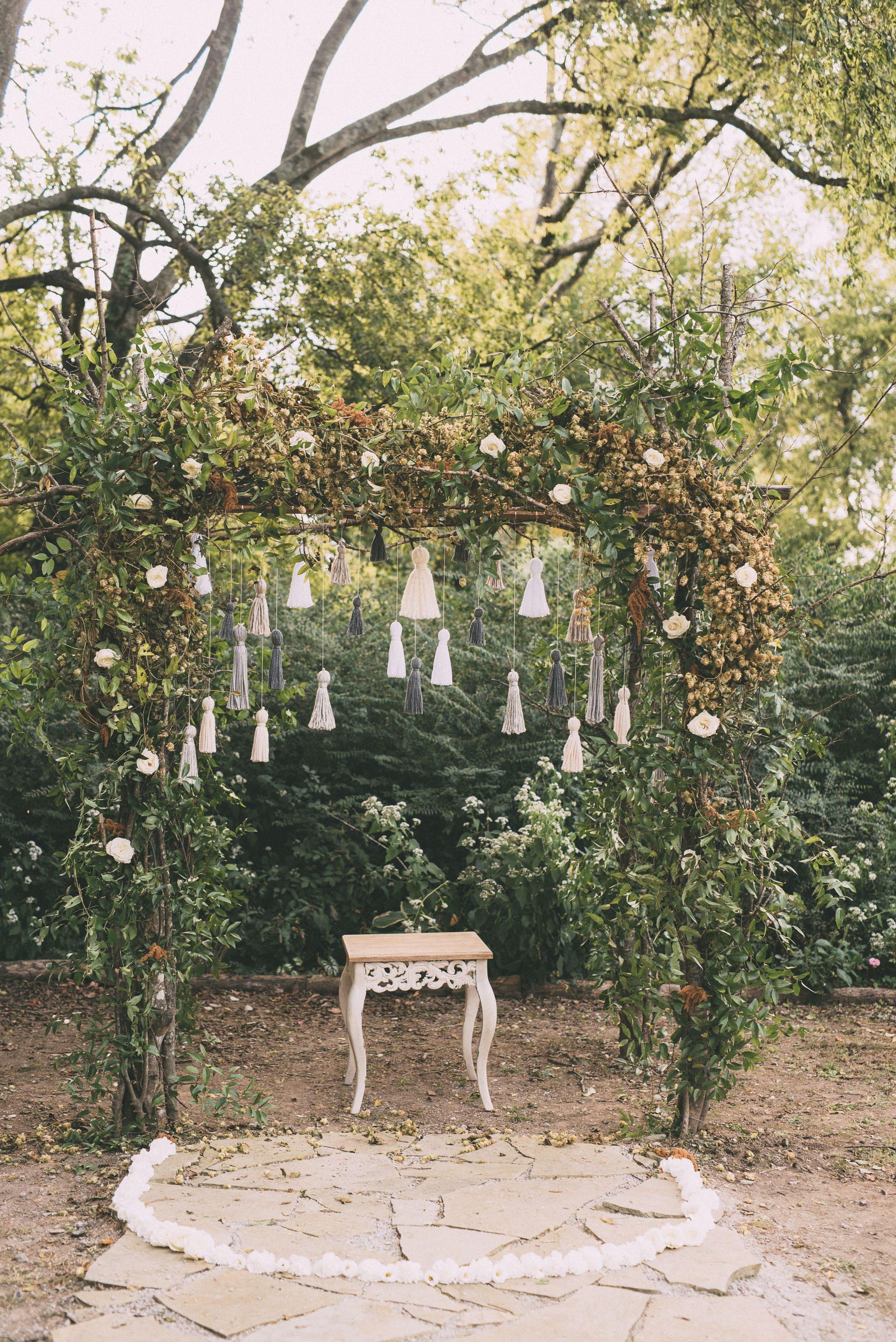 Boho Fall Wedding at Meadow Hill Farm   Columbia, TN ...