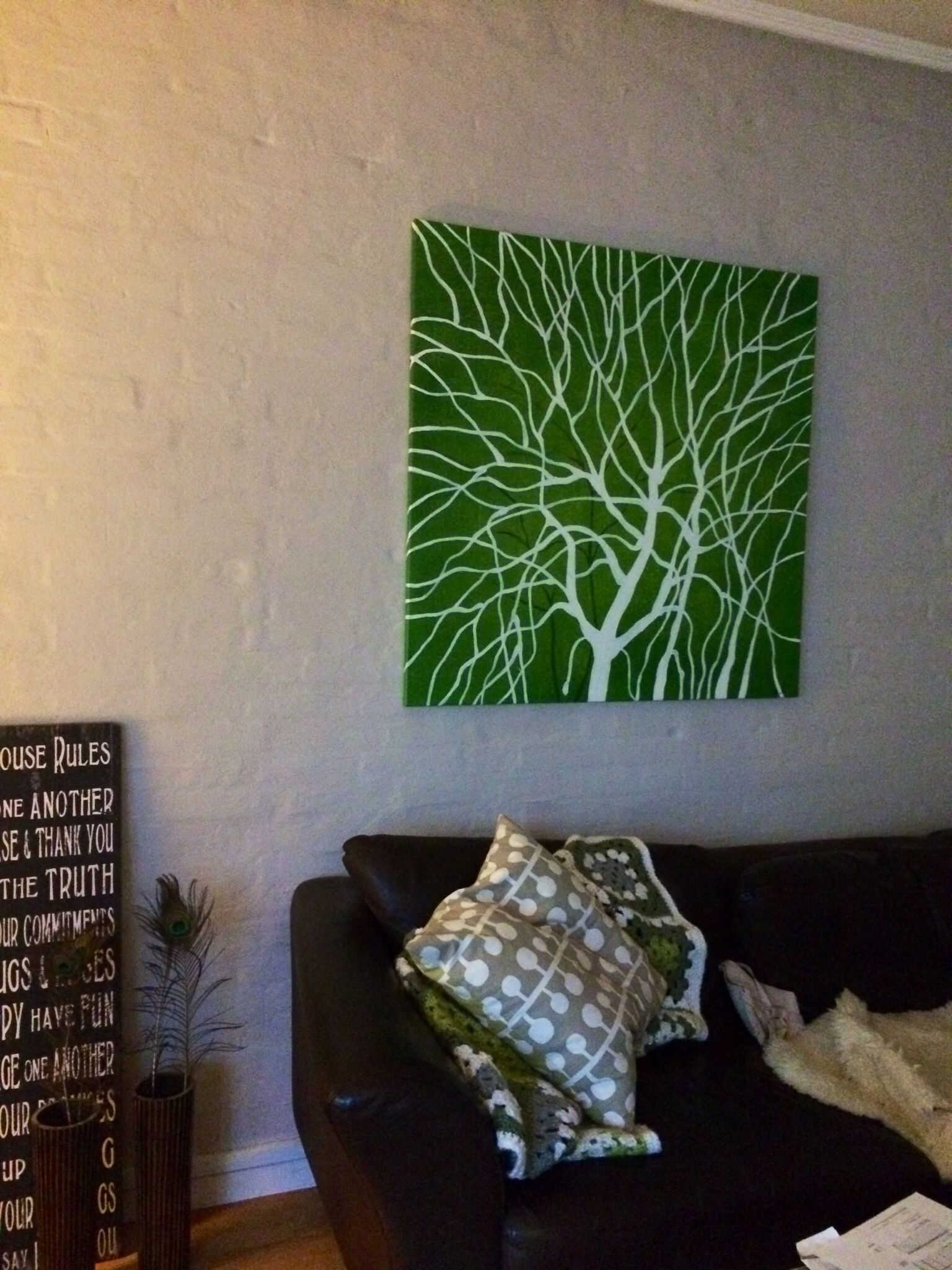 Green painting in the livingroom