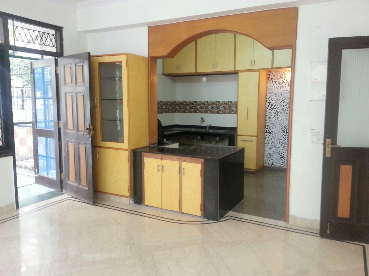 3bhk for Rent in Unitech The Close North, Nirvana Country