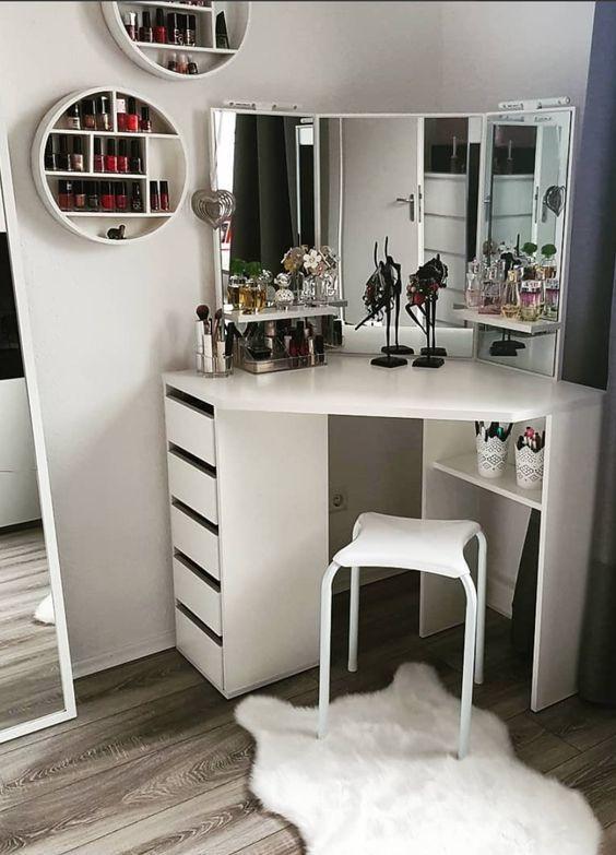 20 Best Makeup Vanities & Cases for Stylish Bedroom #bedroominspirations