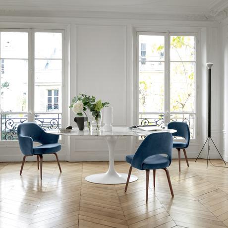 Saarinen Oval Dining Table In 2020 Scandinavian Dining Chairs Knoll Chairs Dining Chairs