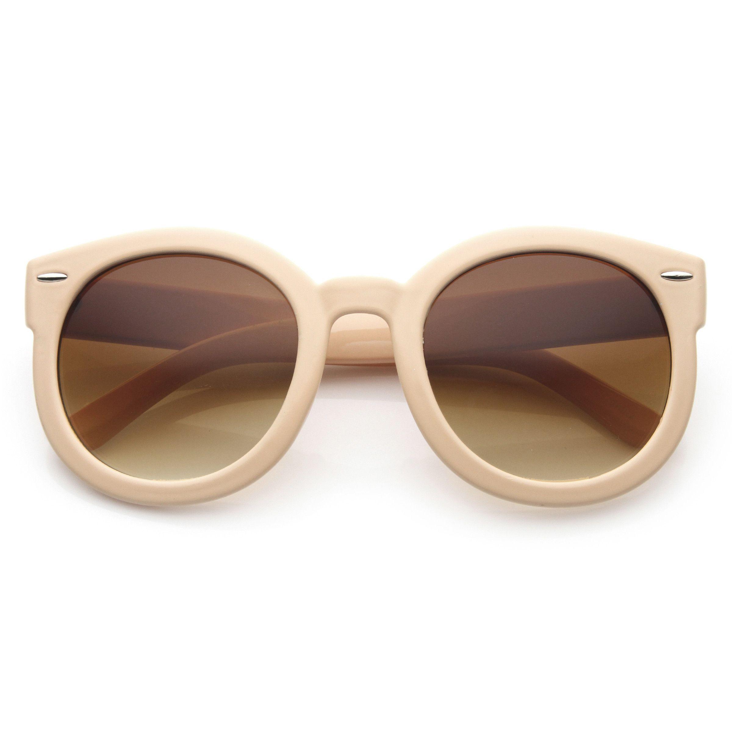 43725ddfbf49 Womens Plastic Sunglasses Oversized Retro Style with Metal Rivets ...