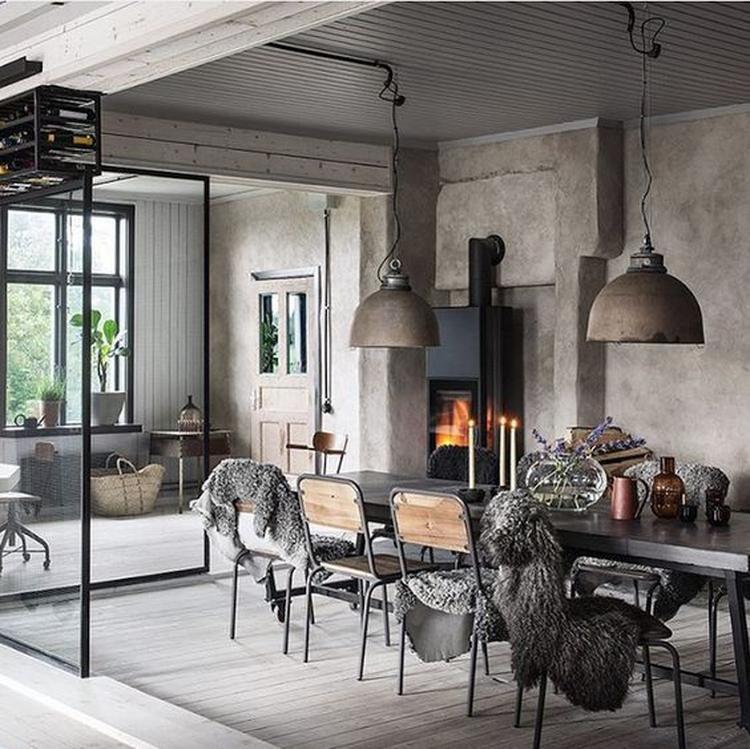 De lextérieur lancien atelier se présente juste comme une magnifique maison situé sur la route principale dune ville suédoise mais à l intérieur c