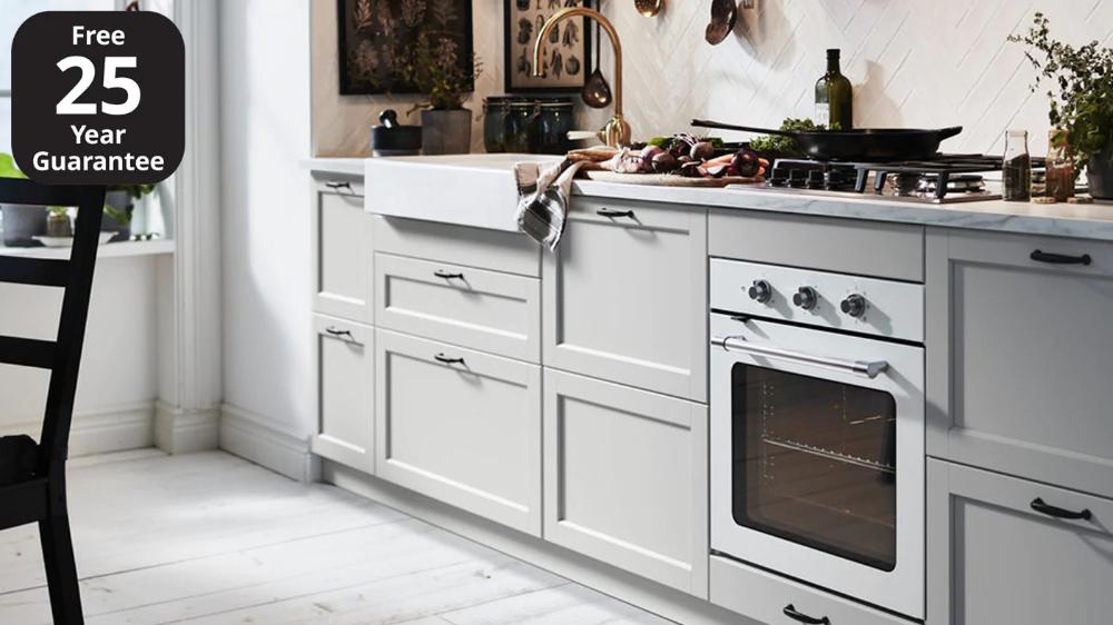 Best Lerhyttan Light Grey Kitchen Grey Shaker Kitchen In 2020 400 x 300