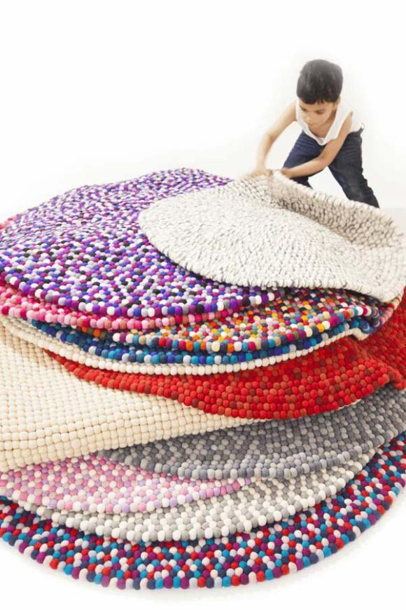 DIY felt ball rug (blog)