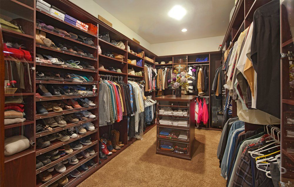 Cabine Armadio Enormi : These 12 huge closets that will make you want to move