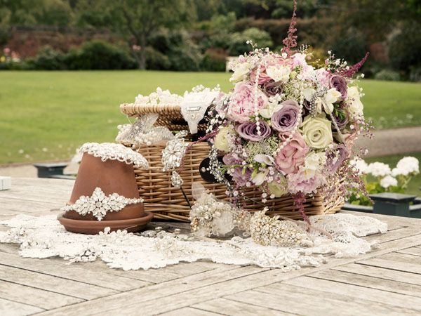 Summer Wedding Ideas Hint Of Vintage Inspiration Shoot Char Lotte Rose Designs