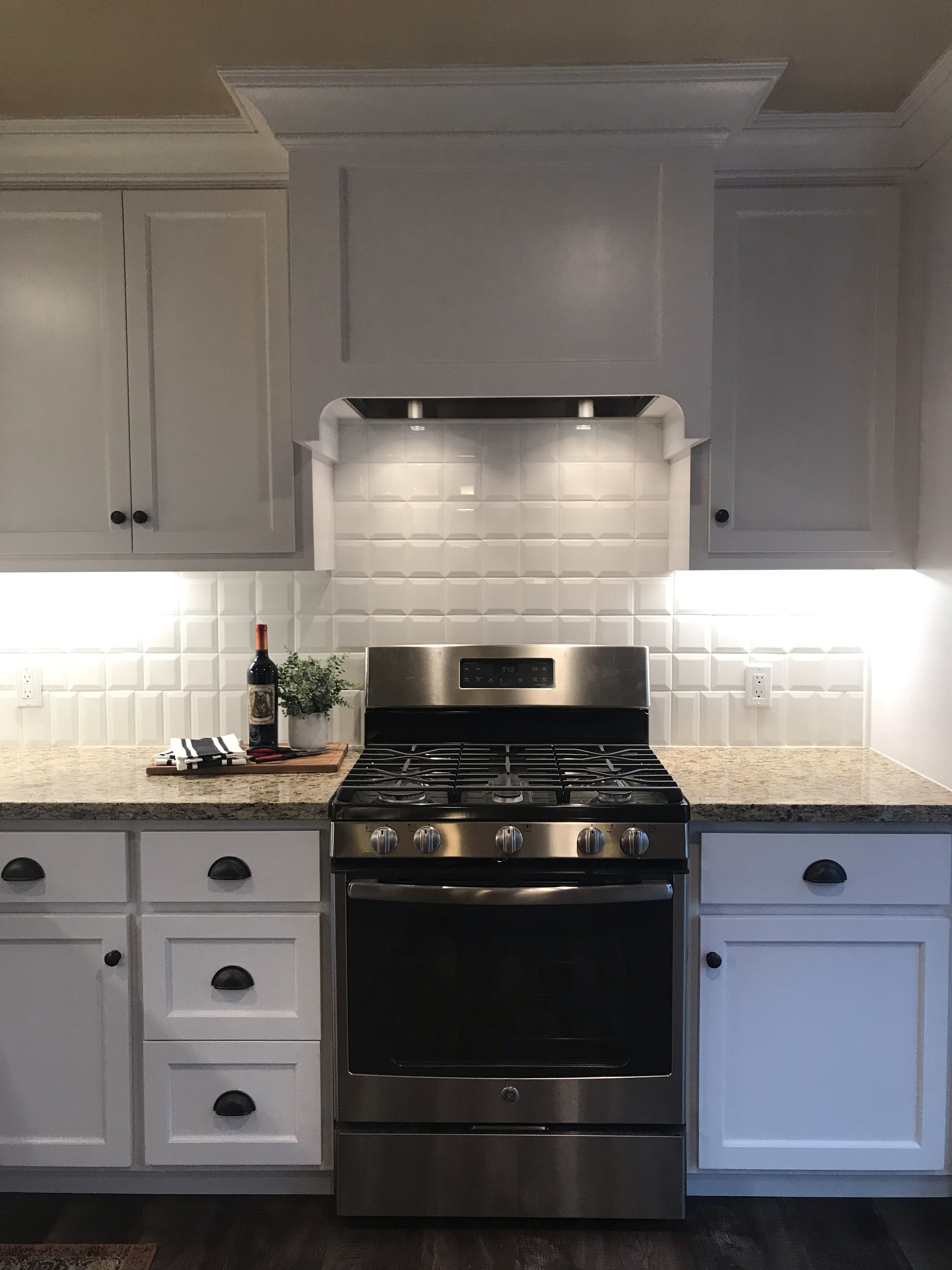 Small White Kitchen By Gabbert Construction Inc Small White Kitchens Kitchen Design Kitchen Remodel