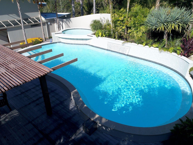 Pin By Rahman On Pool Decor Fiberglass Swimming Pools Custom Pools Fiberglass Pools
