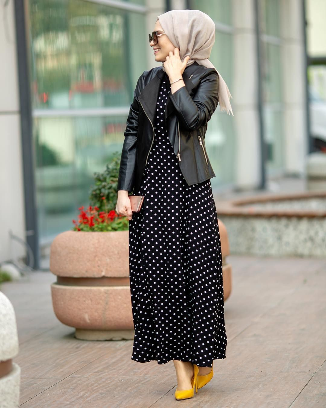 6 686 Begenme 280 Yorum Instagram Da Esra Kekulluoglu Esrakekulluogluuuu Ceket Ve Puantiyel Modest Fashion Hijab Muslim Fashion Dress Muslim Fashion