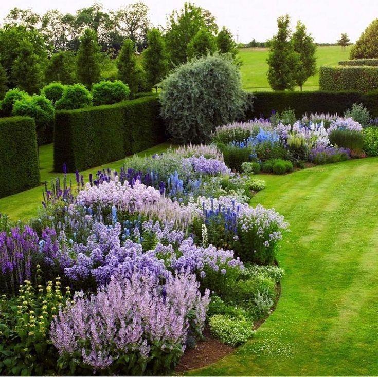53 To Consider For Backyard Garden Ideas Landscaping Small Spaces Outdoor Living Ide Berkebun Kebun Taman