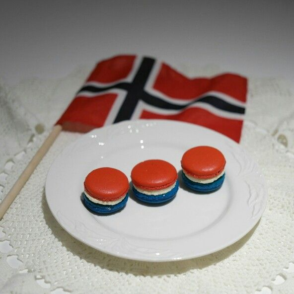 Macarons for May 17th. Norway's Constitution Day
