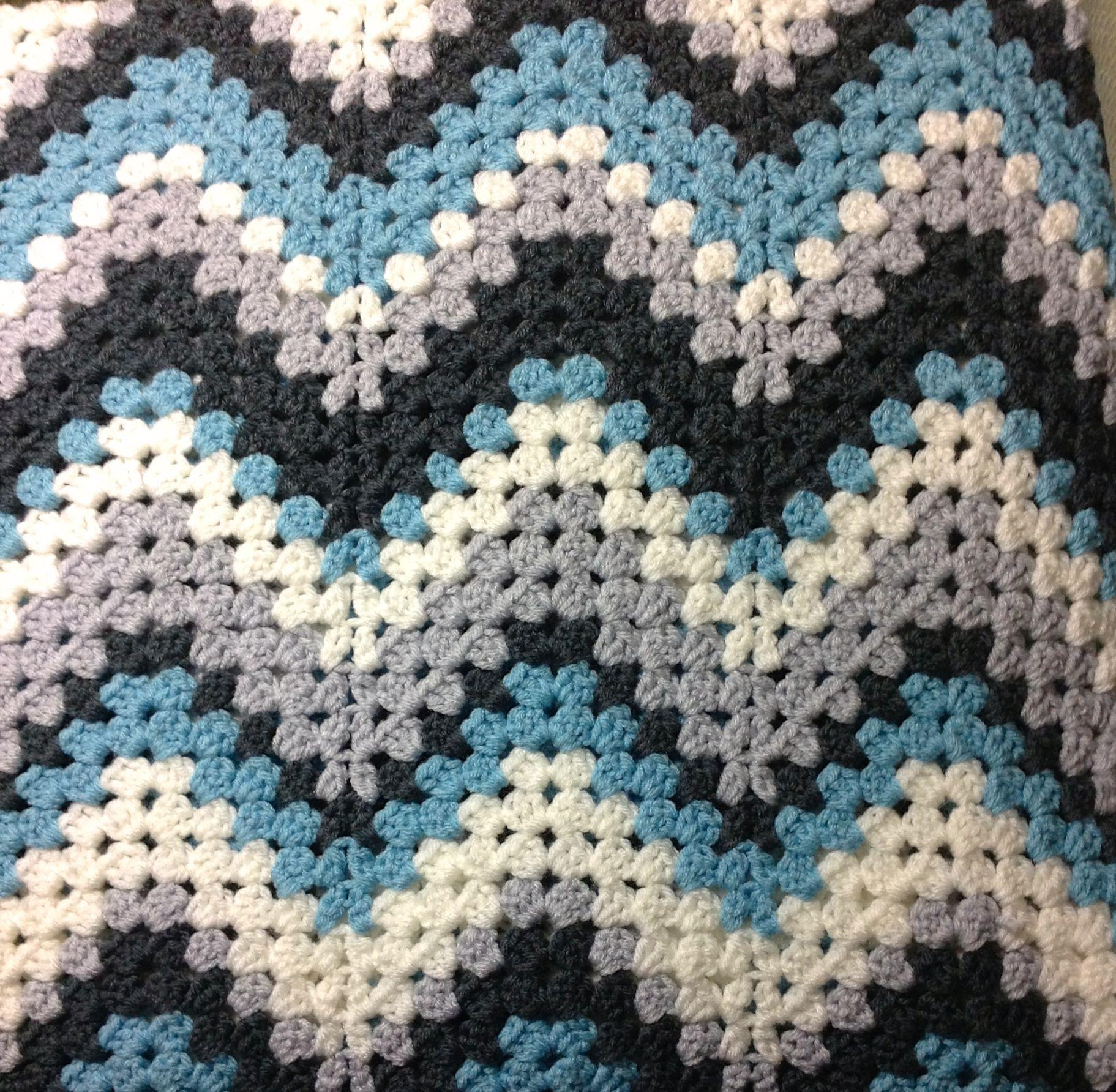 FREE Crochet Granny Ripple Afghan Blanket Pattern at Ravelry http ...