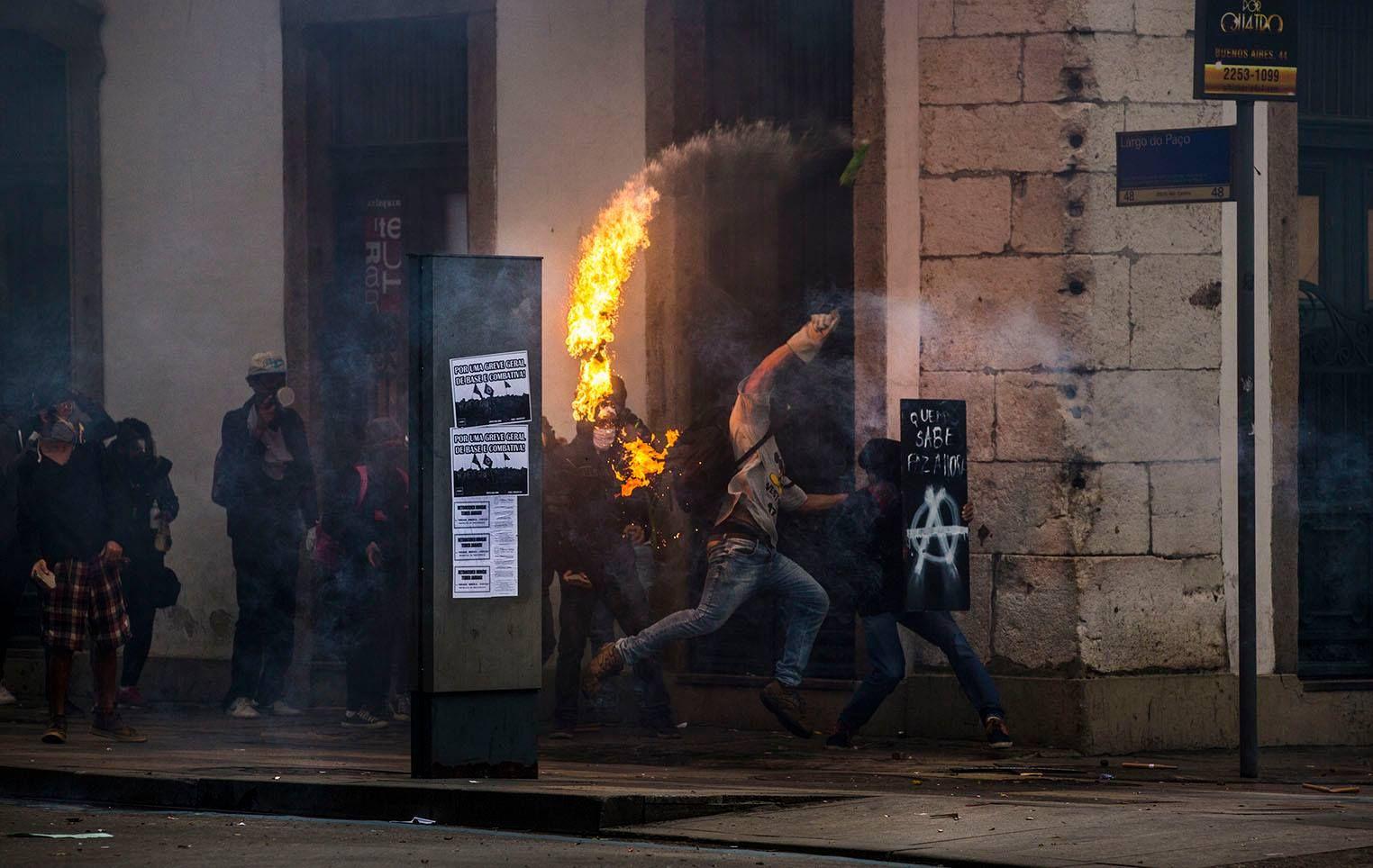 Greve Geral.  Rio de Janeiro 28.04.17 © Ana Carolina Fernandes