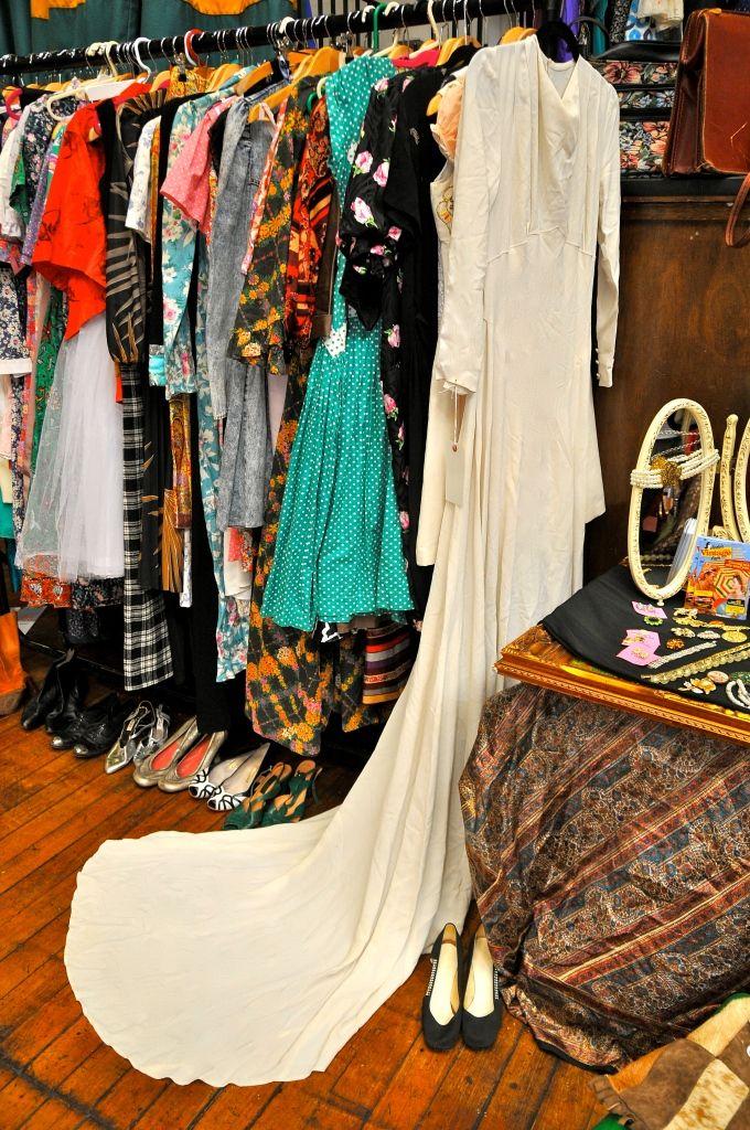Bethnal Green S Affordable Vintage Fair 2010 Vintage Fashion Affordable Vintage Fashion