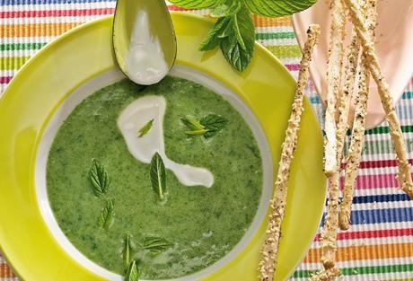 Einfach Lecker » Spinatsuppe » Finden Sie leckere Rezeptideen für jeden Tag, die Ihnen das tägliche Kochen leichter machen. » Einfach Lecker