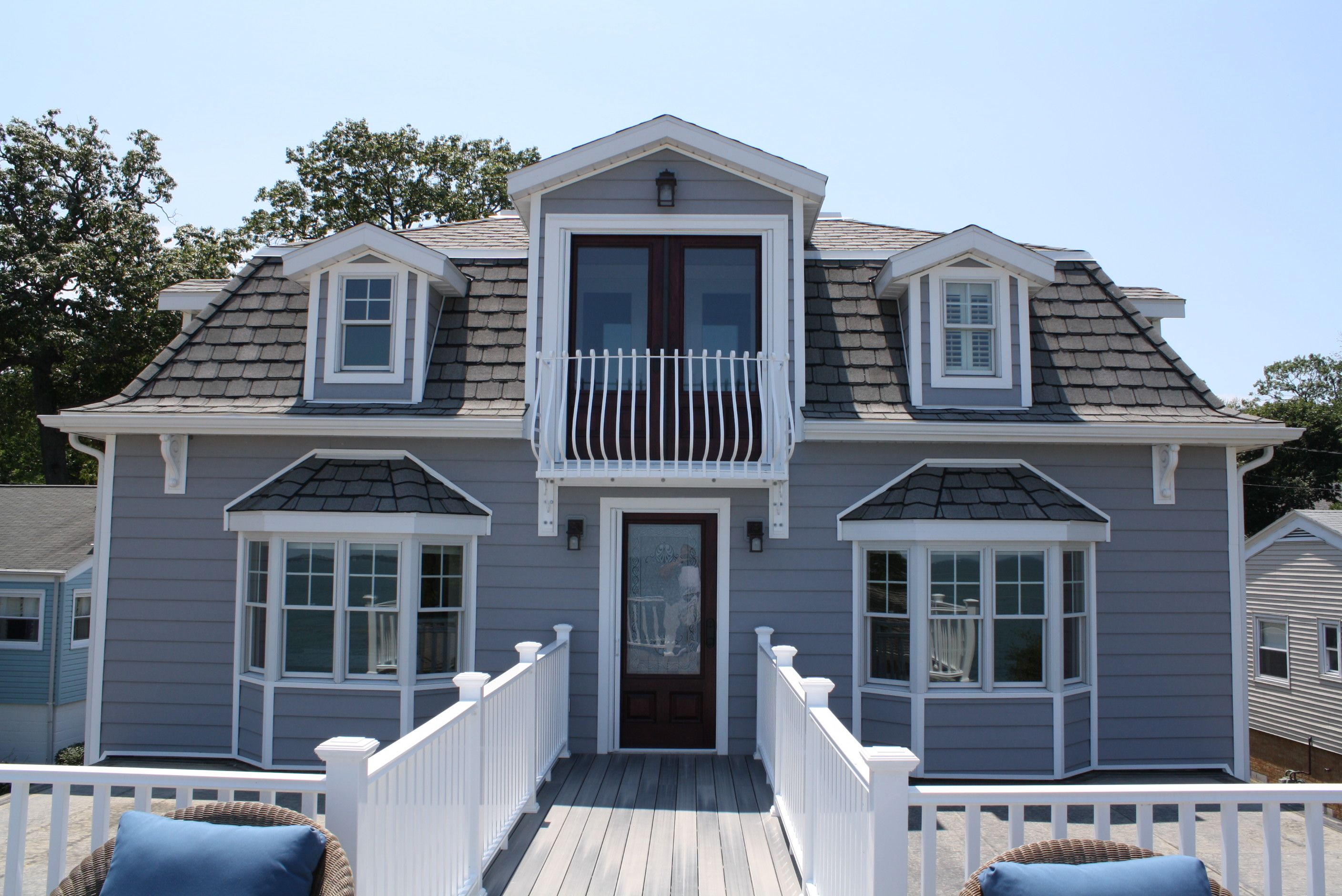 Everlast Polymeric Cladding Can Add Character To Your Home Seaside Grey 7 Profile Is Showcased Here Grey Siding House Styles Home